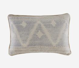 Babylon_Cloud_Cushion_ACC3901