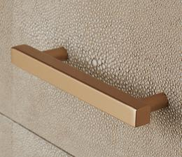 Fitz_Bedside_Table_Cream_Drawer_Handle_Detail_ST0374