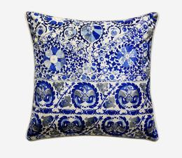 Iznik_Cobalt_Cushion
