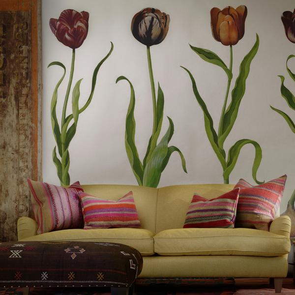 TulipsWallpaper_AndeanCushions_ClaraCustomSofain_NevadaEagle_VictoriaCustomChairAndean_cropped