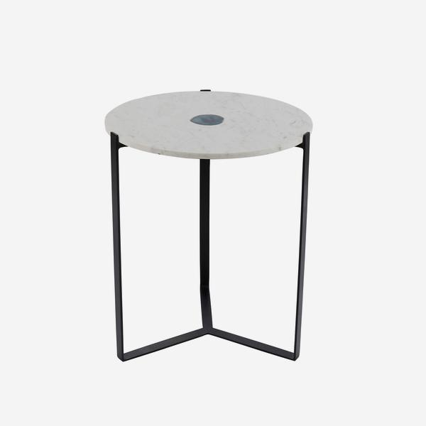 Zion_Side_Table_Black_Angle