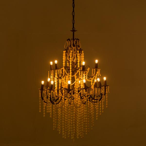 Boho_chandelier_bone_on