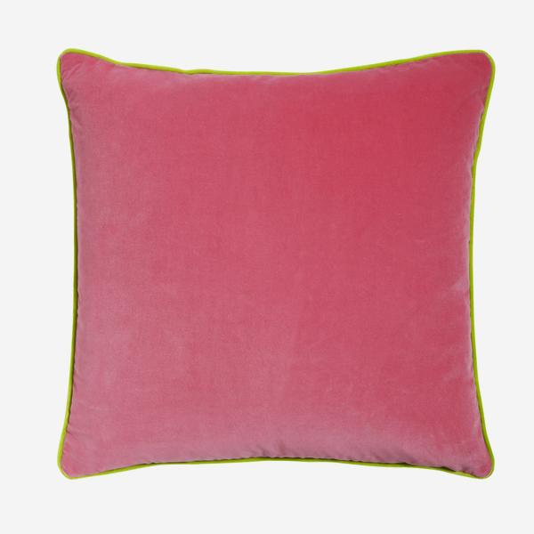 Pelham_Gobstopper_Cushion_with_Apple_Piping_ACC2742_