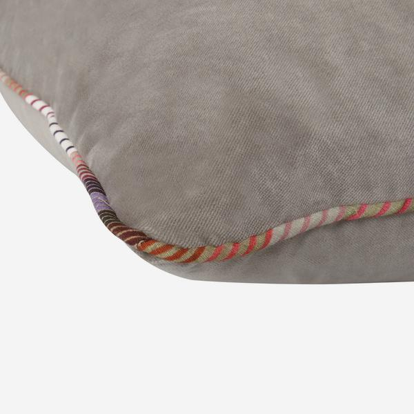 Pelham_Slate_Cushion_with_Striped_Piping_Detail_ACC2673_