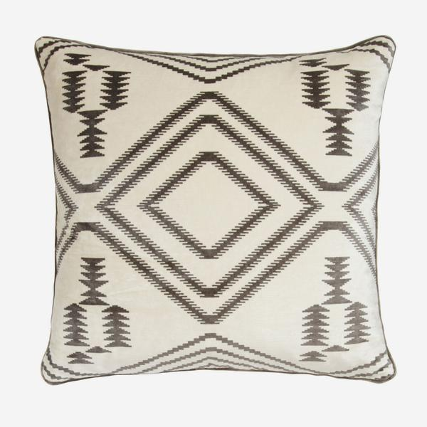 Navaho_Grey_Cushion_ACC2394_