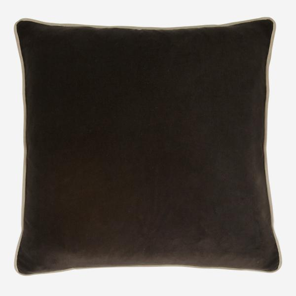 Pelham_Chocolate_Cushion_with_Buff_Piping_ACC2645_