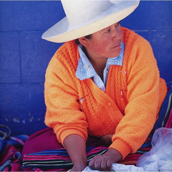 peruvian_lady_threads_of_colour