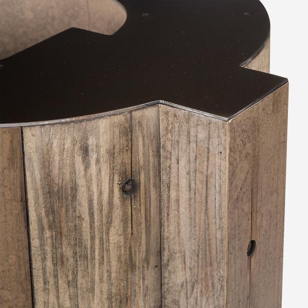 andrew_martin_furniture_side_tables_alphabet_letter_Q_side_table_detail