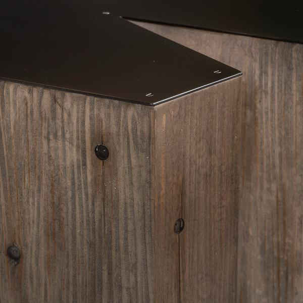 andrew_martin_furniture_side_tables_alphabet_letter_W_side_table_detail