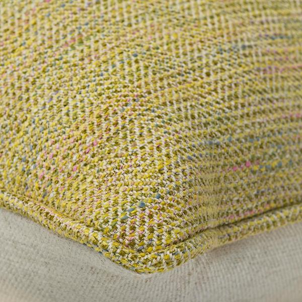 Hedgerow_Plain_Linen_with_Delphini_Quince_Back_and_Piping_Cushion_Detail_