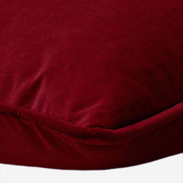 Villandry_Ruby_Cushion_Detail