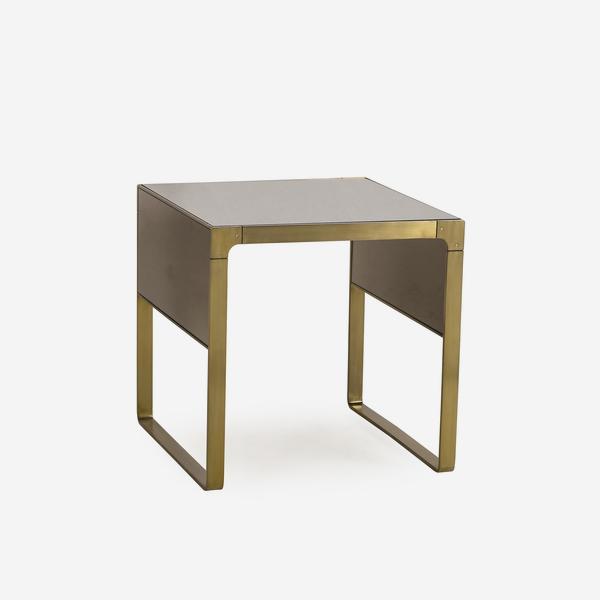 Evans_Side_Table_Angle